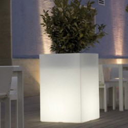 Vondom Cubo Hoog light